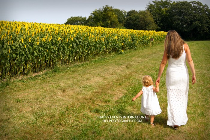 mommy and me with sunflowers